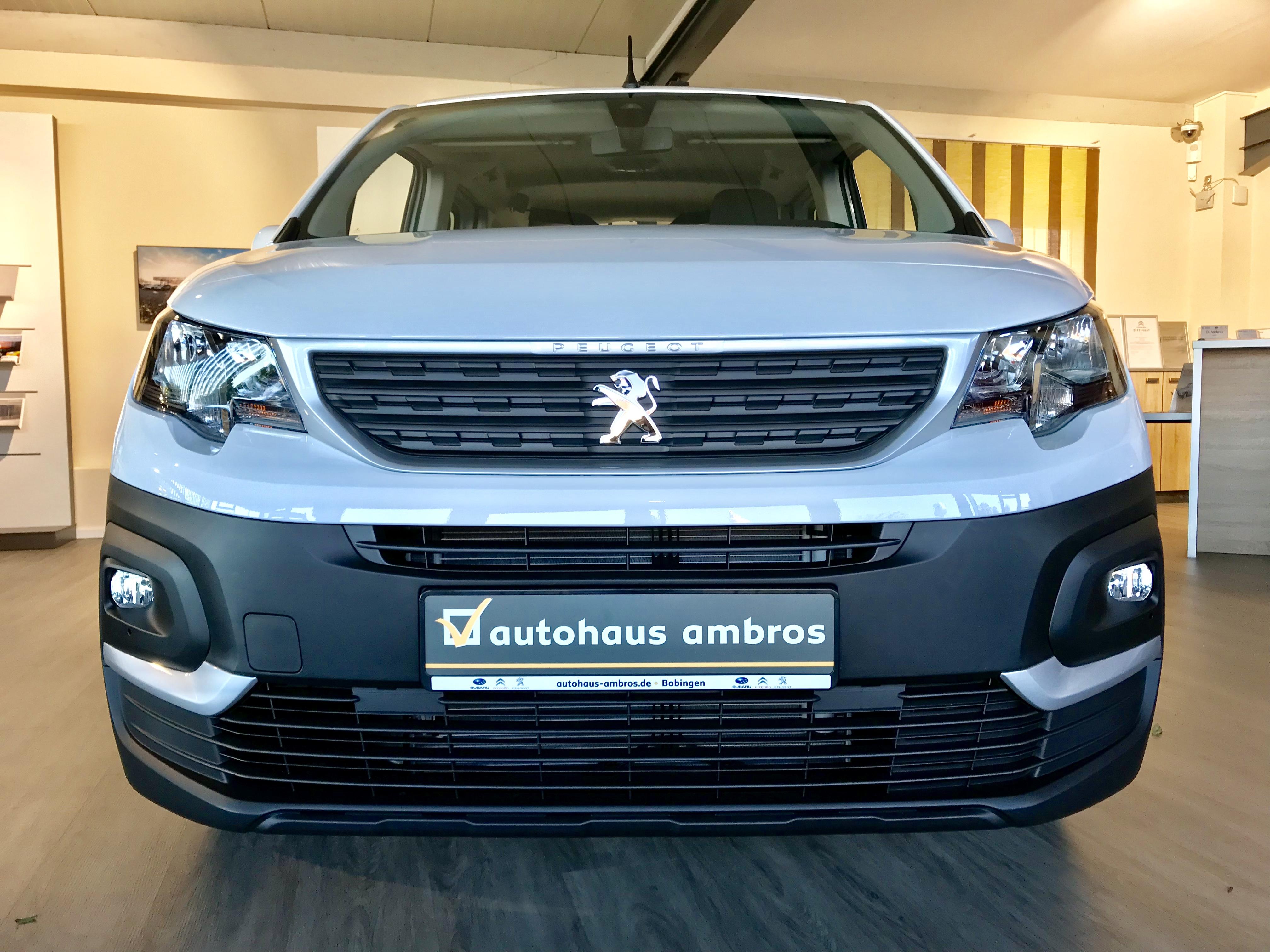 Ausgezeichnet – der neue Outdoor Van Peugeot Rifter